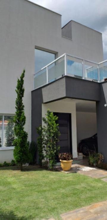 Pindamonhangaba Jardim Residencial Doutor Lessa Casa Venda R$1.500.000,00 Condominio R$400,00 3 Dormitorios 6 Vagas Area do terreno 675.00m2