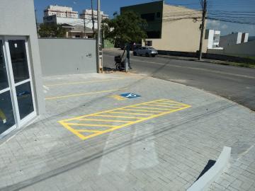 Alugar Comercial / Ponto Comercial em Jacareí R$ 2.900,00 - Foto 2