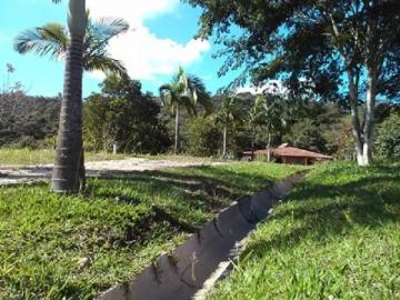 Comprar Rural / Chácara em Jacareí R$ 1.300.000,00 - Foto 2