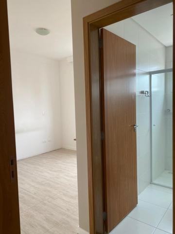 Alugar Apartamento / Padrão em Jacareí R$ 1.300,00 - Foto 16