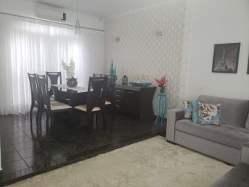 Comprar Casa / Padrão em Jacareí R$ 600.000,00 - Foto 4