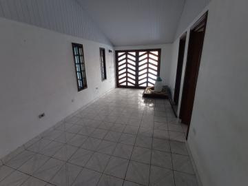 Alugar Casa / Padrão em Jacareí R$ 1.200,00 - Foto 13
