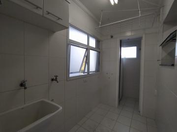 Alugar Apartamento / Padrão em Jacareí R$ 1.500,00 - Foto 15