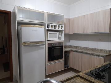 Comprar Casa / Padrão em Jacareí R$ 650.000,00 - Foto 2