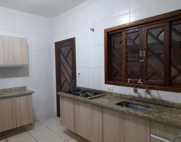 Comprar Casa / Padrão em Jacareí R$ 650.000,00 - Foto 3